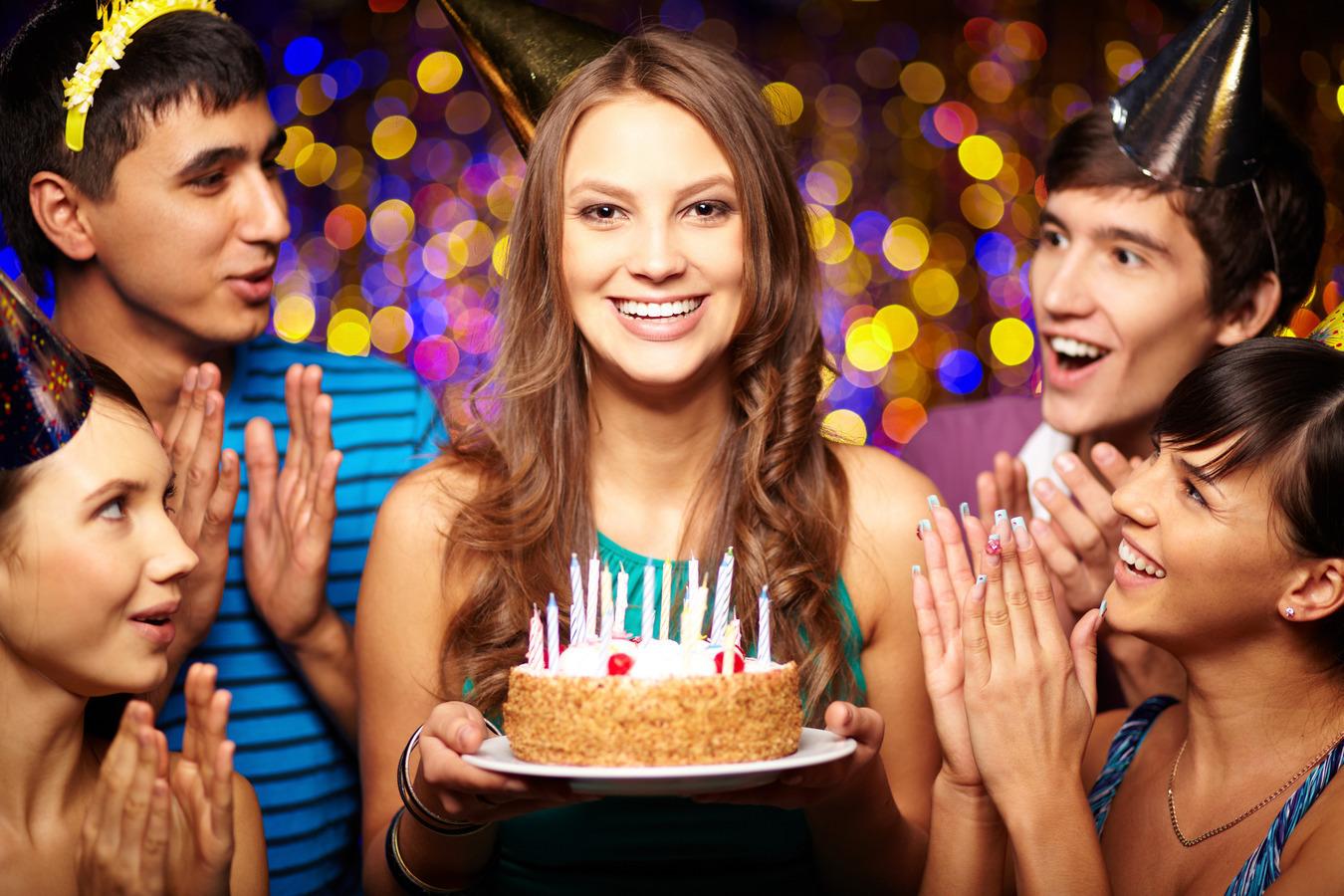 вам, картинка с днем рождения отмечаю фотографа