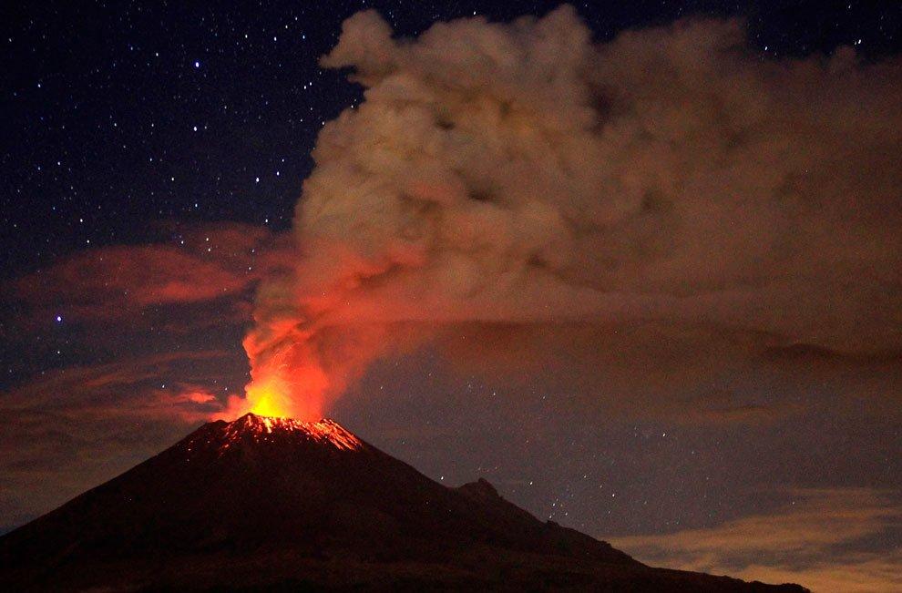 много вулканов