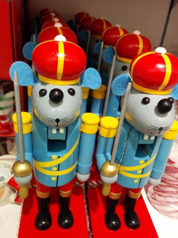 Дизайнеры этих игрушек знают толк в креативе (20 фото)
