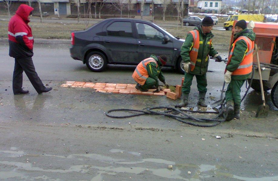 12 случаев, когда ремонт дорог выполнен неудачно