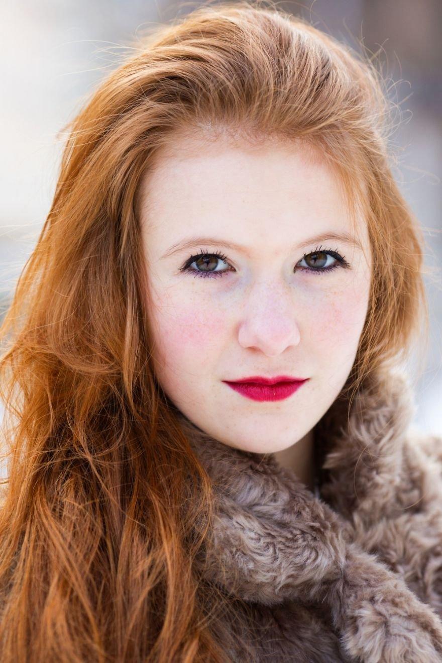 Фотограф путешествует по всему миру, делая снимки обворожительных обладательниц рыжих волос