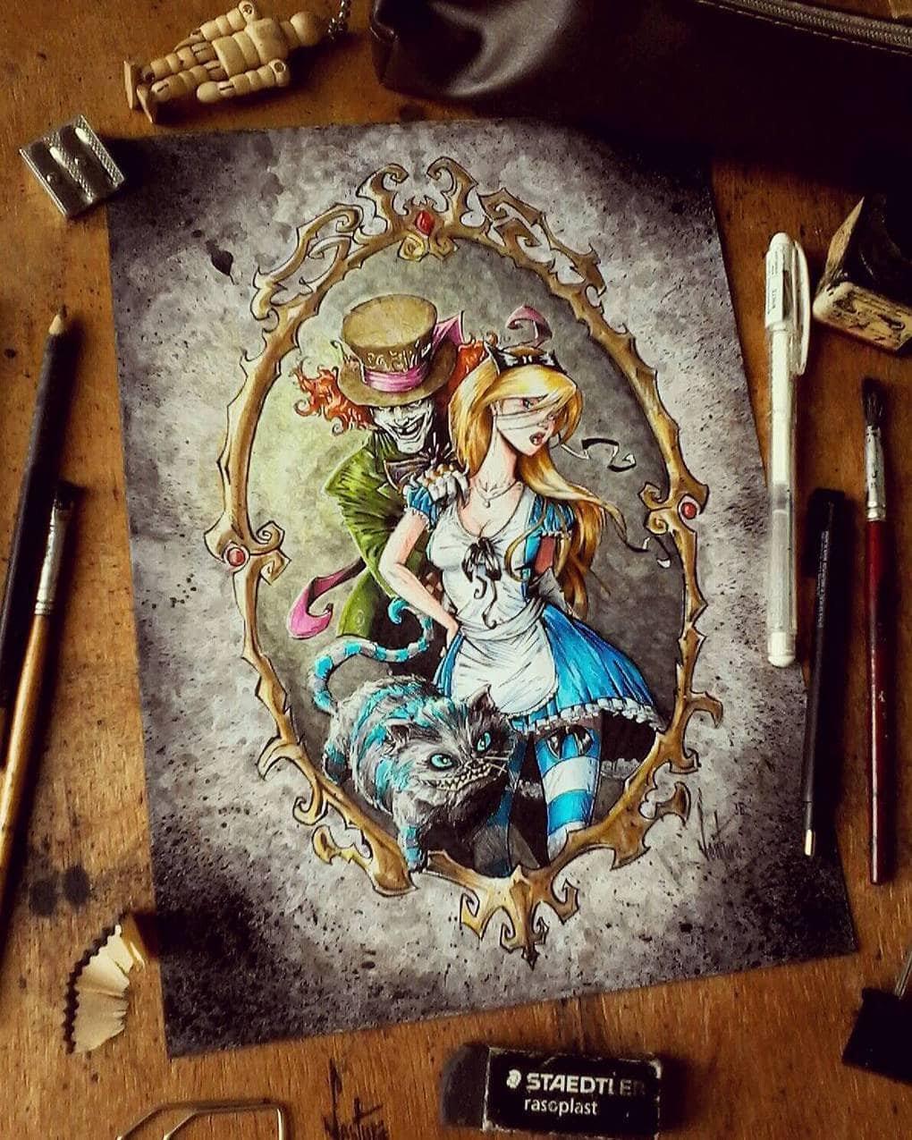 Художник изображает мультяшных персонажей в необычных образах