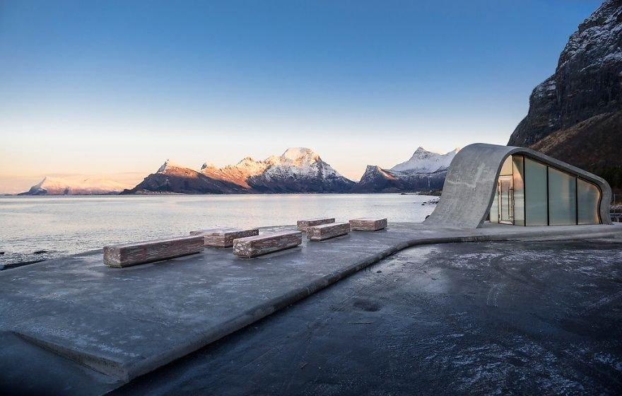 В Норвегии создали, возможно, самый красивый общественный туалет в мире