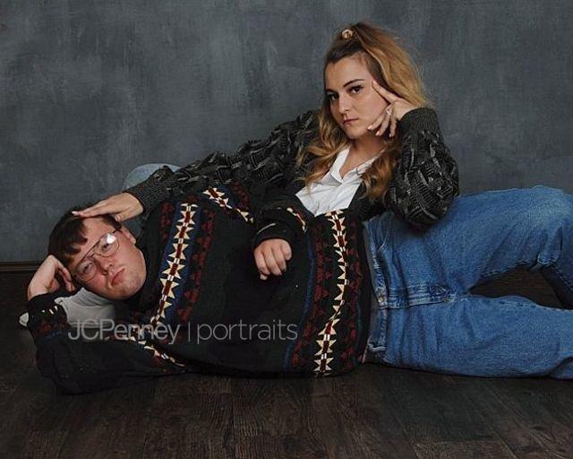 Пара устроила нелепую фотосессию лавстори в стиле 80-х