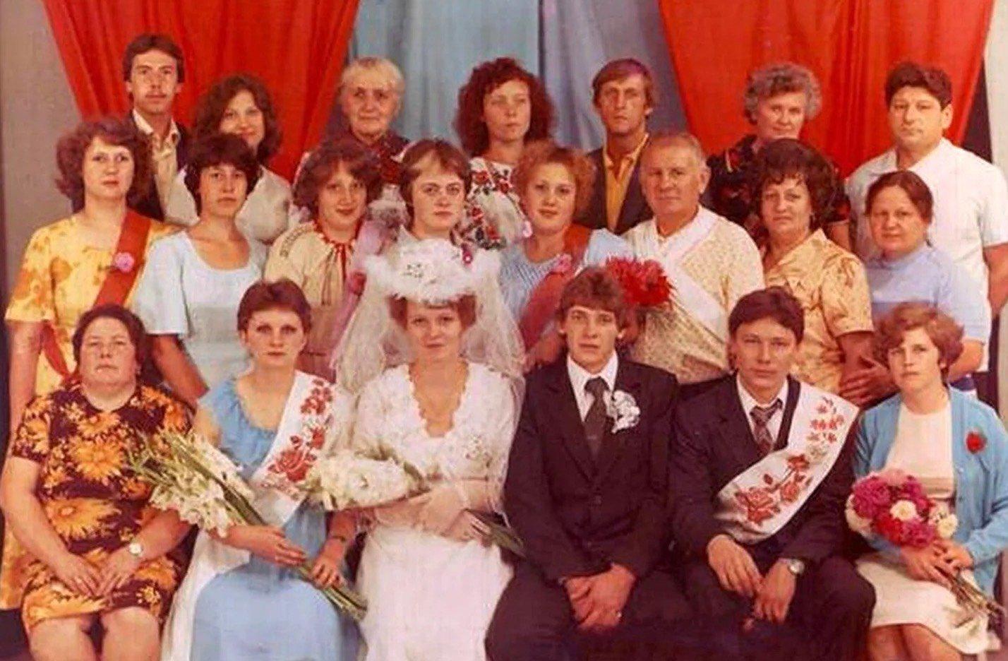 Свадьбы 80-х годов: мода по талонам и хенд-мейд