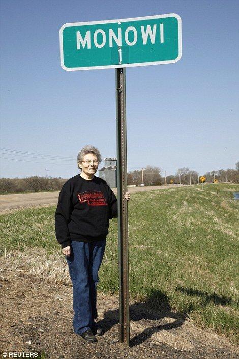 В самом маленьком городе США живет 1 человек-сам себе мэр
