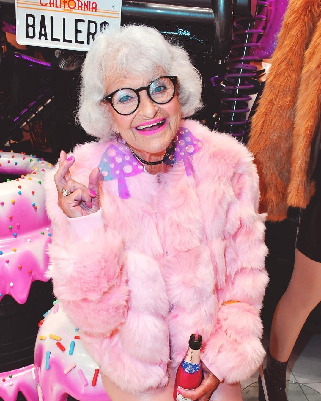 Бадди Винкл – стильная бабушка, которая в свои 92 года влюбит вашего мужа в себя