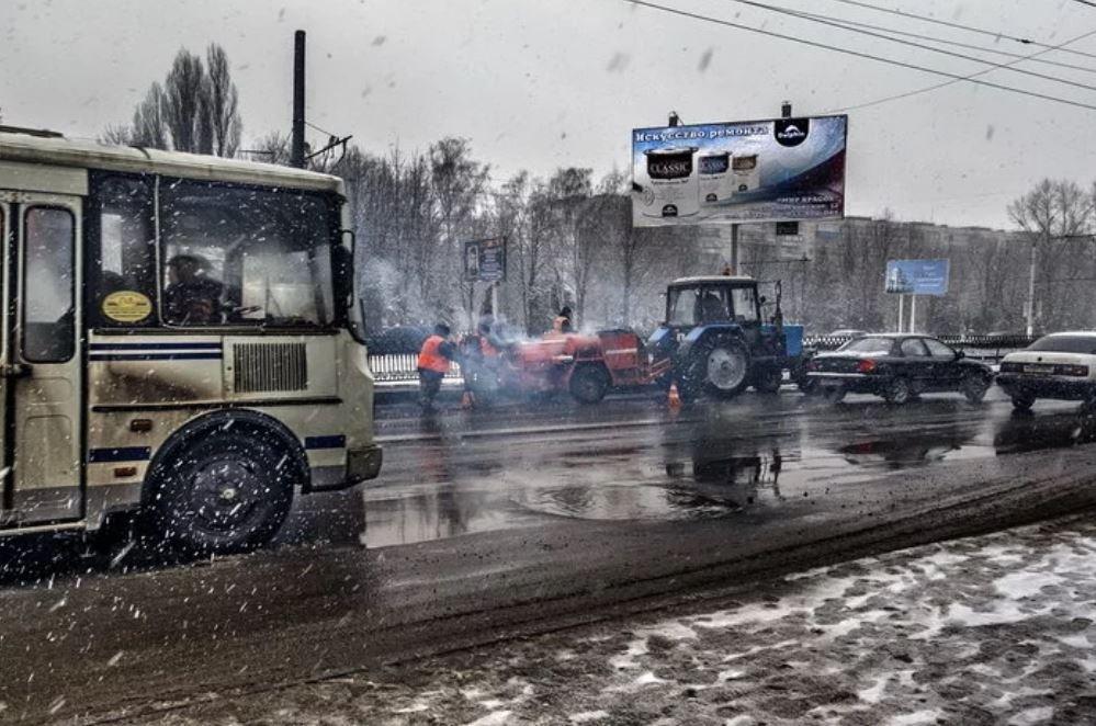 12 кадров доказывающих, что ремонт дороги – дело тонкое