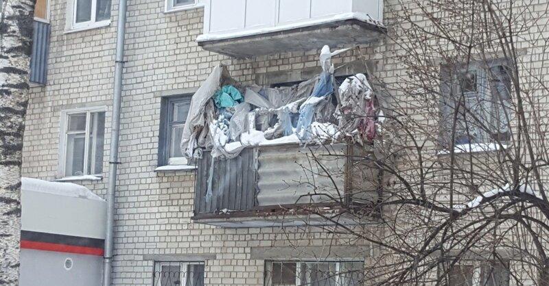 15 ужасных балконов, на которых не мешало бы прибраться