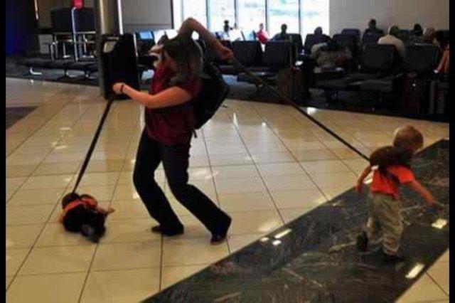 12 курьезных фото из аэропортов