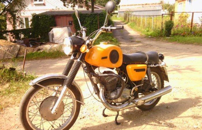 12 легендарных мотоциклов времен СССР