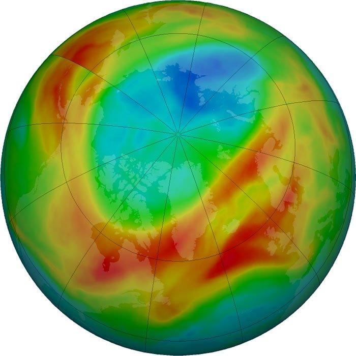 Ученые заявили, что самая большая озоновая дыра в атмосфере закрылась само собой