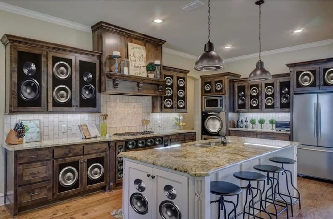 Люди делятся худшими дизайнерскими решениями для дома, которые только можно придумать