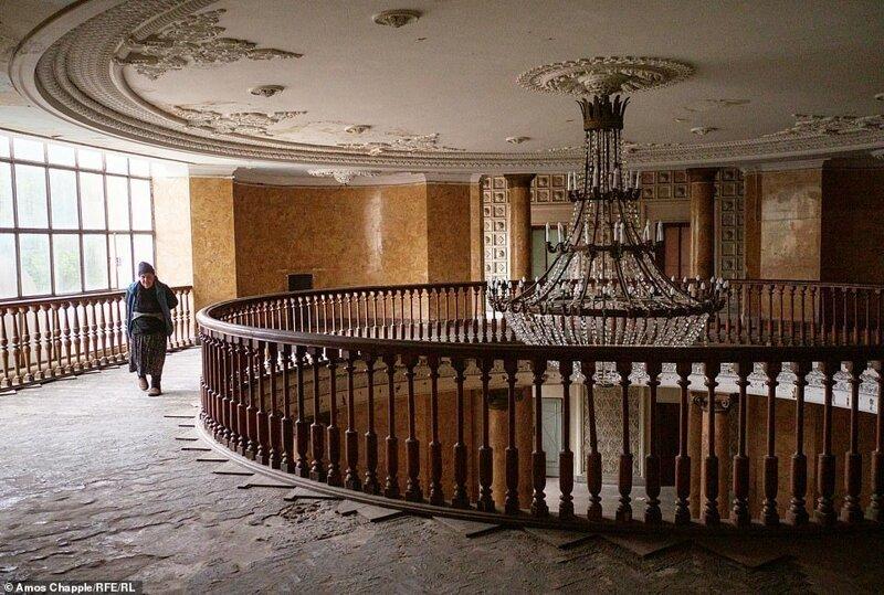 Цхалтубо –город заброшенных советских санаториев