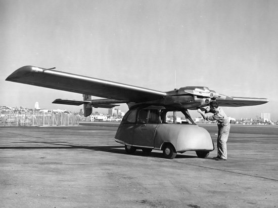 Исторические фото летающего автомобиля ConvAirCar, построенного в 1947-м
