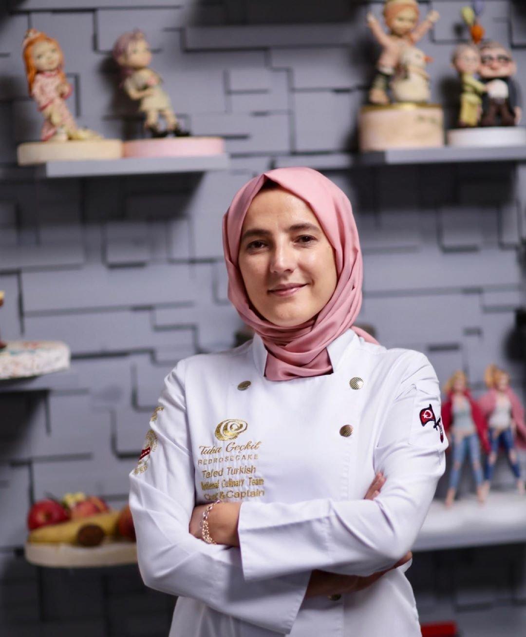 Кондитер из Турции создает торты, которые просто перепутать с обыденными вещами