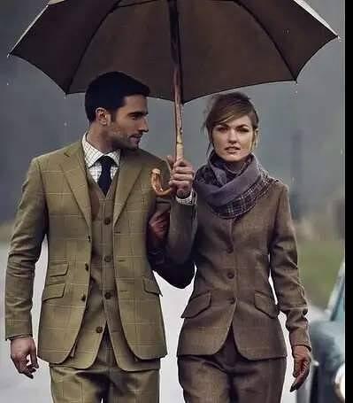 Почему на мужской одежде пуговицы справа, а на женской — слева