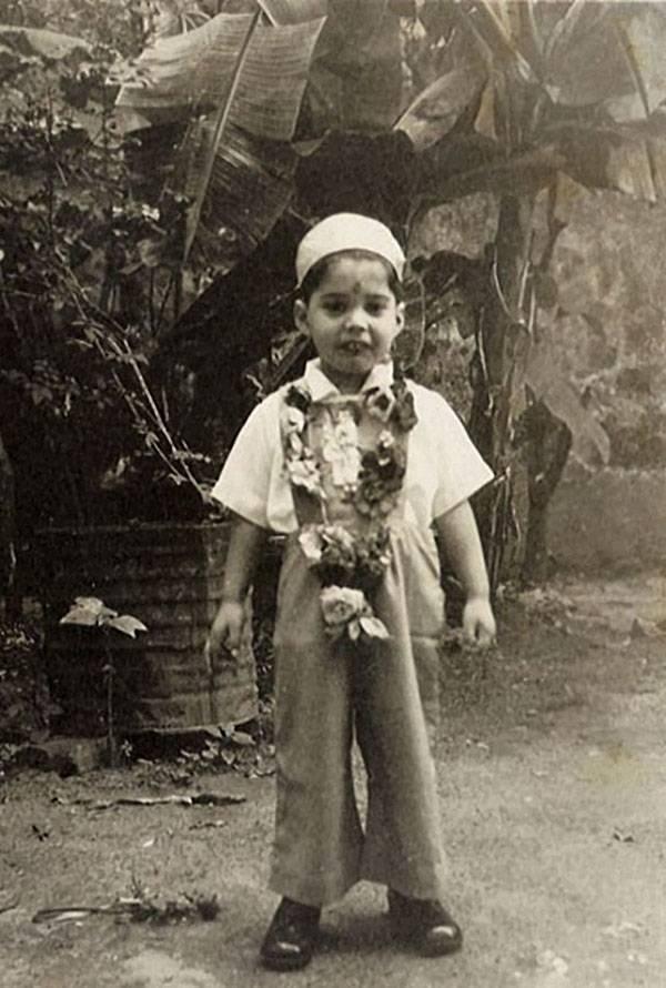 12 фото известных людей, какими они были в детстве