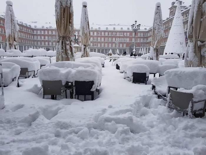 Мир накрыли снегопады: 12 фото
